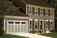 Sprucing Up the Look of Your Home? Don't Neglect the Garage Door
