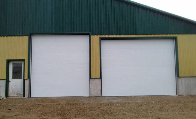 Commercial garage doors